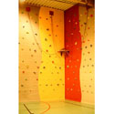 Climbing wall 12/7 holds/m2